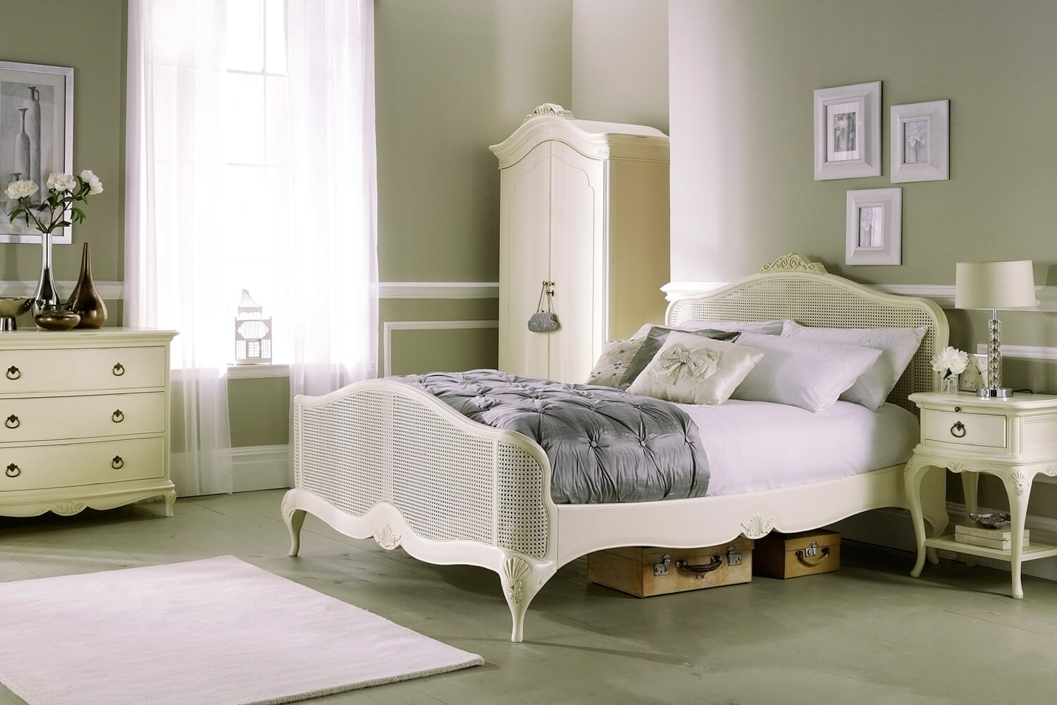 Willis & Gambier Ivory Bed Frame