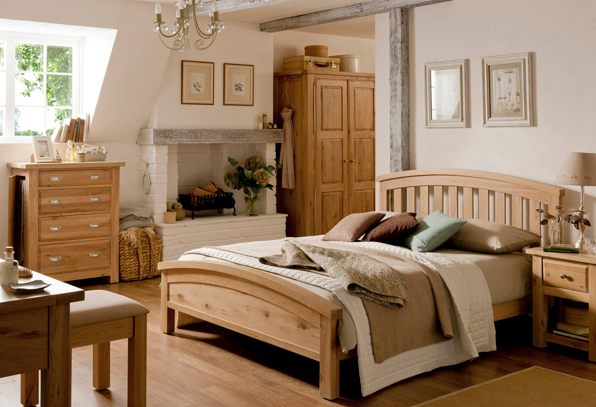 Willis & Gambier Tuscany Bed Frame