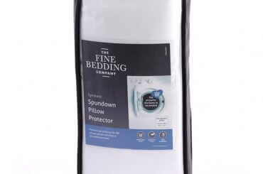 Our Spundown washable pillow protector is ideal for those looking to add a practical, protective layer to their pillow.