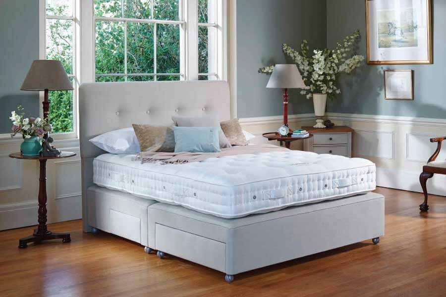Vispring Herald Superb Divan Set