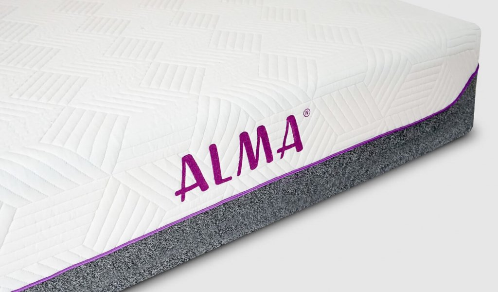 Alma mattresses contain pocket springs and cool gel-infused memory foam.